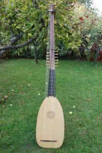 for sale: 14-chorus Chitarrone, 168-93 cm by Tihamér Romanek